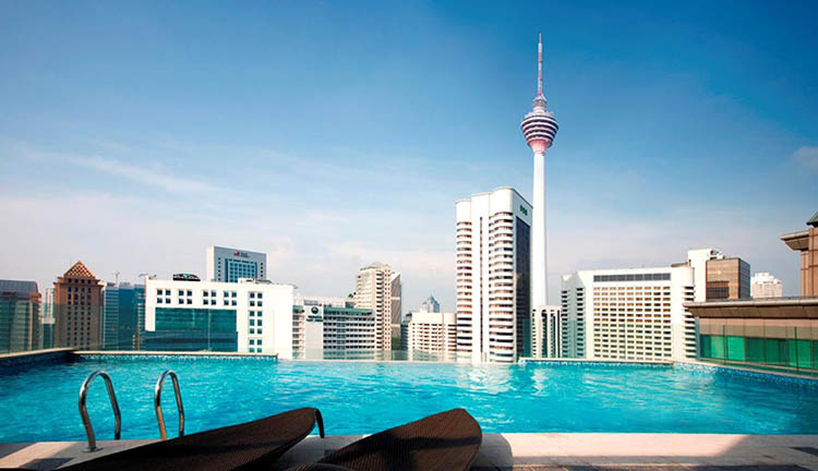 fraser place hotel en kuala lumpur piscina