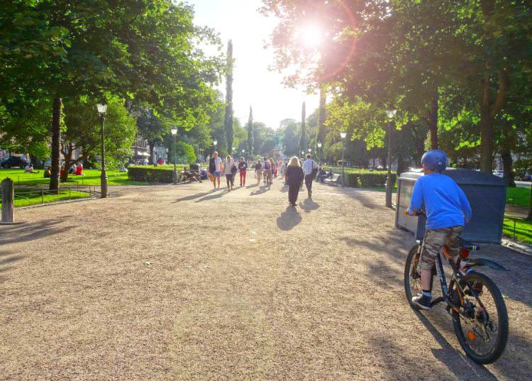 que ver en helsinki parque esplanada