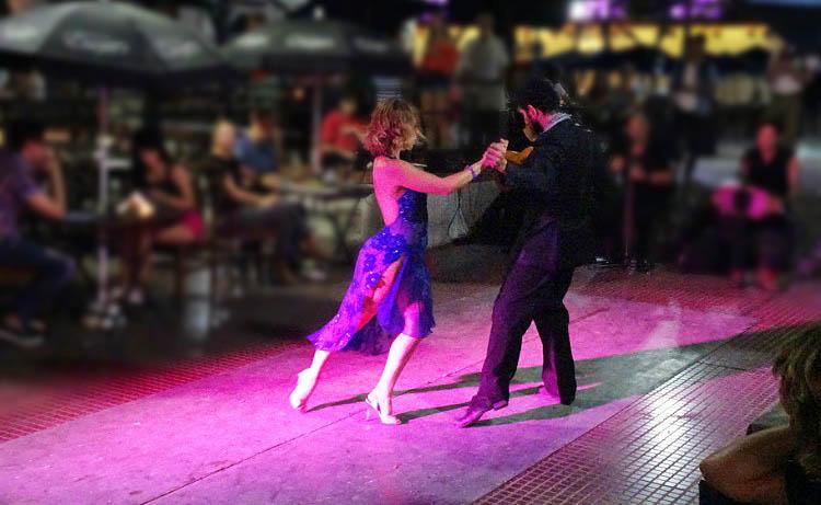 tango en la calle de buenosaires