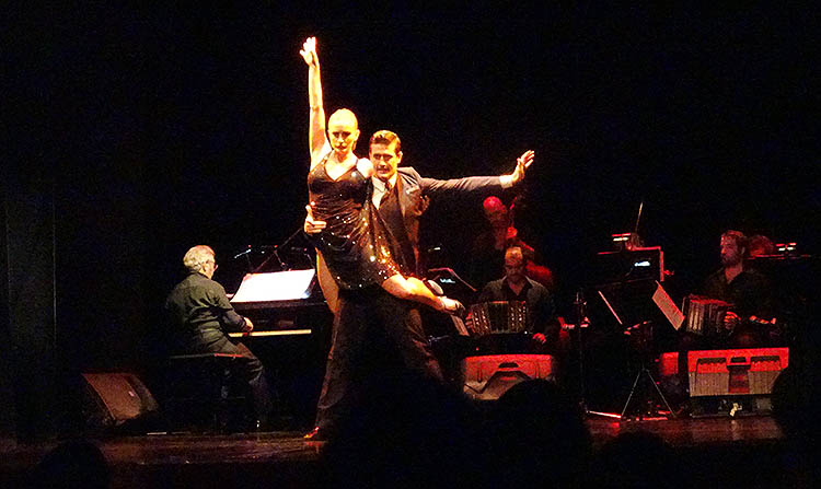 tango en teatro piazzola cena